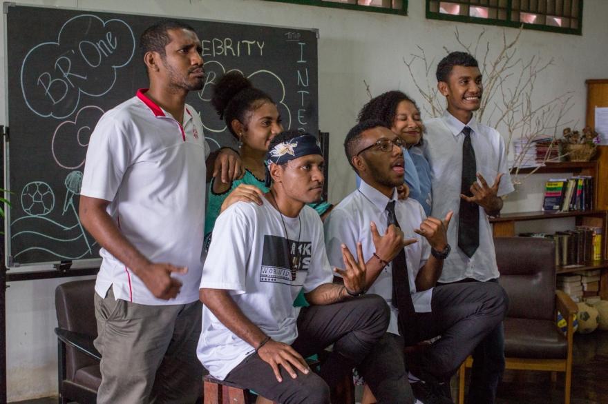 04-2018-03-INDONESIE-Papouasie-Jayapura-au centre d'anglais-avec la classe de Charly-AP (14)
